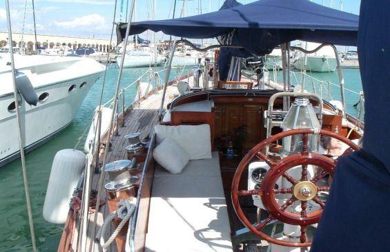 Yacht SAMARKAND -  On Deck