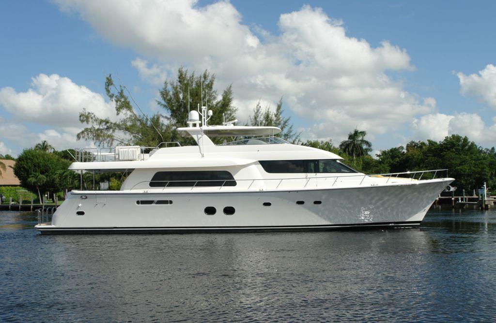 Yacht SEAS THE MOMENT -  Main