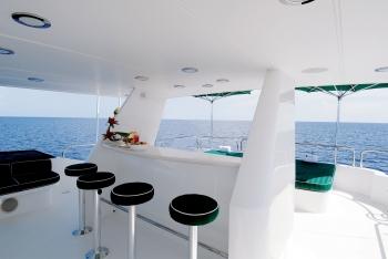 Yacht SERENGETI - Sundeck Bar