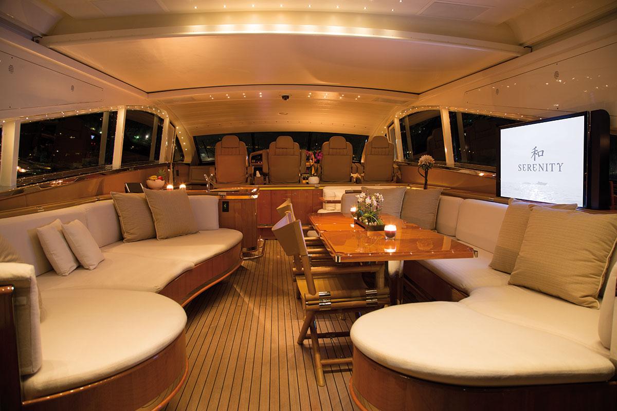Yacht SERENITY ATLANTIC -  Main Salon