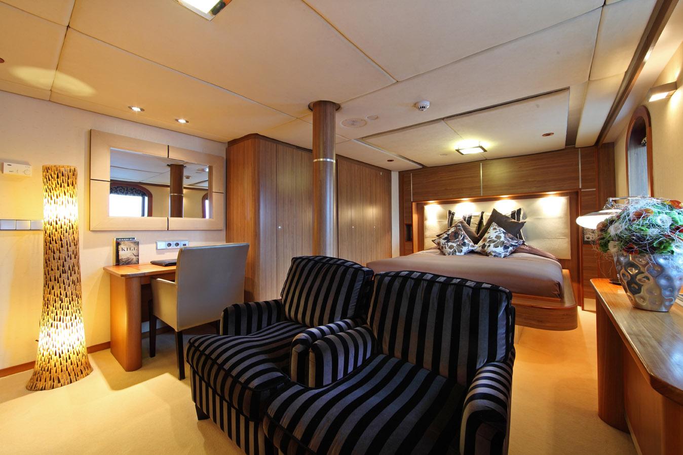 Yacht SHERAKHAN - VIP Cabin