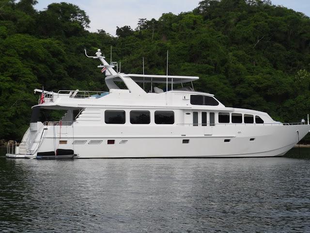 Yacht SOLSTICE I -  Main