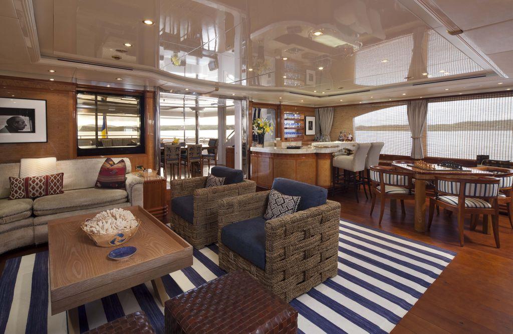 Yacht STARFIRE -  Skylounge