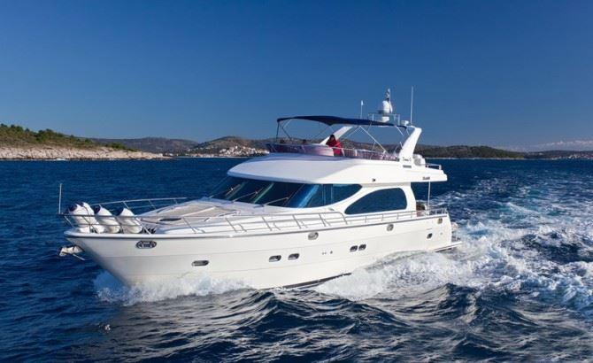 Yacht SUSAN II -  Main