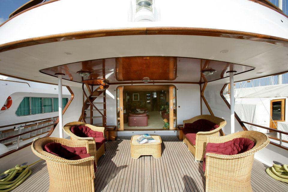 Yacht Sprezzatura -  Aft Deck