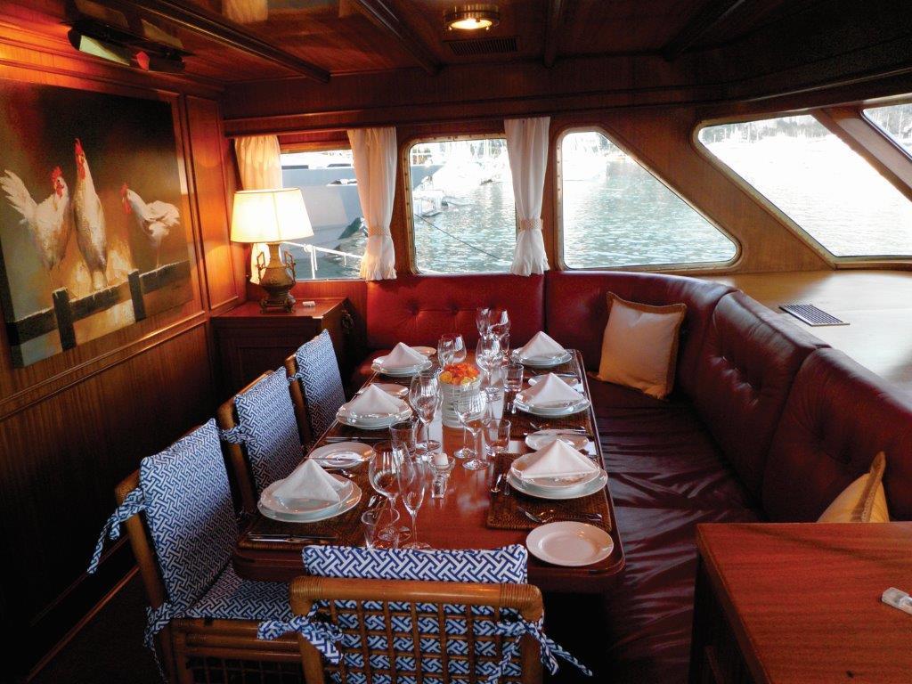 Yacht Sprezzatura -  Dining