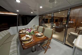 Yacht TEMPTATION - Aft Deck Al fresco dining