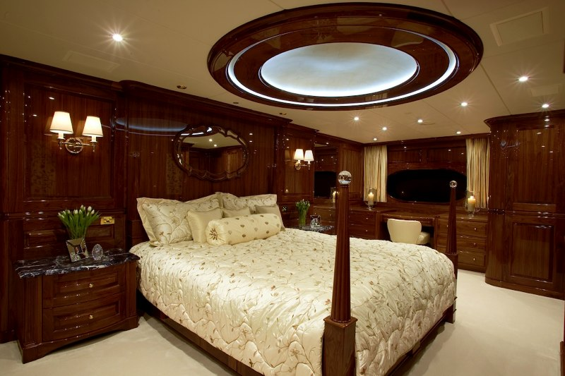 Yacht TOP FIVE -  Master Cabin