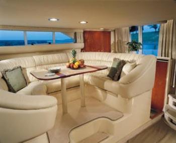 Yacht TOP SECRET -   Salon Dining