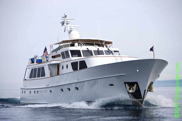 Yacht TRILOGY -  Main