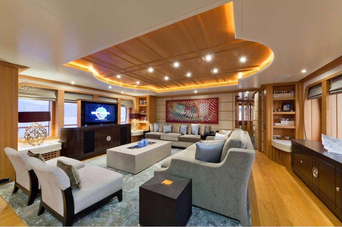 Yacht Troyanda - Main Salon