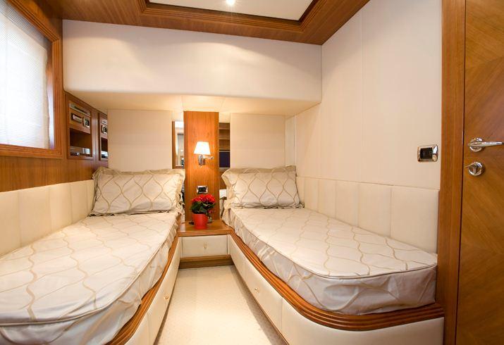 Yacht YUMI -  Twin Cabin