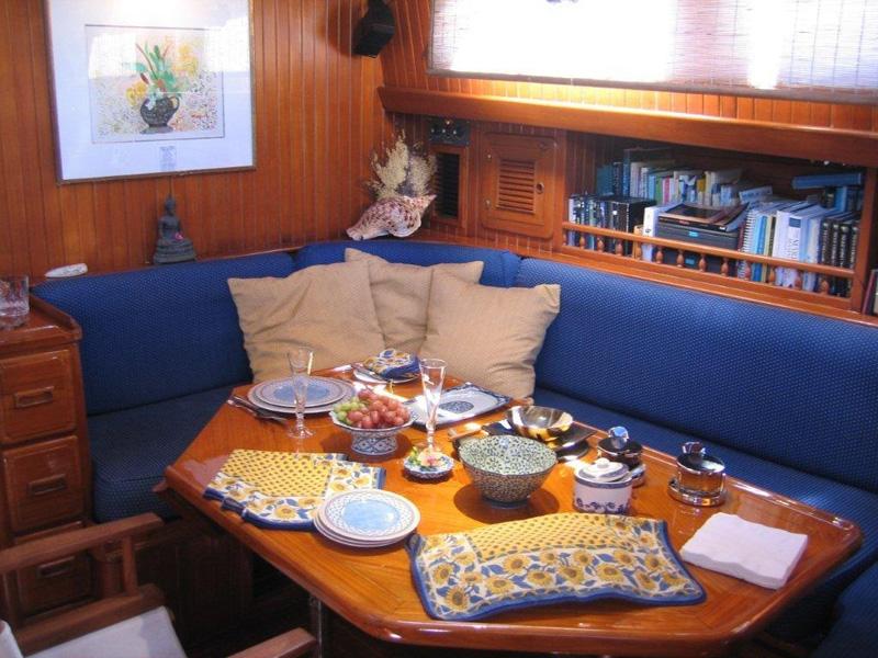 Interior dining below decks