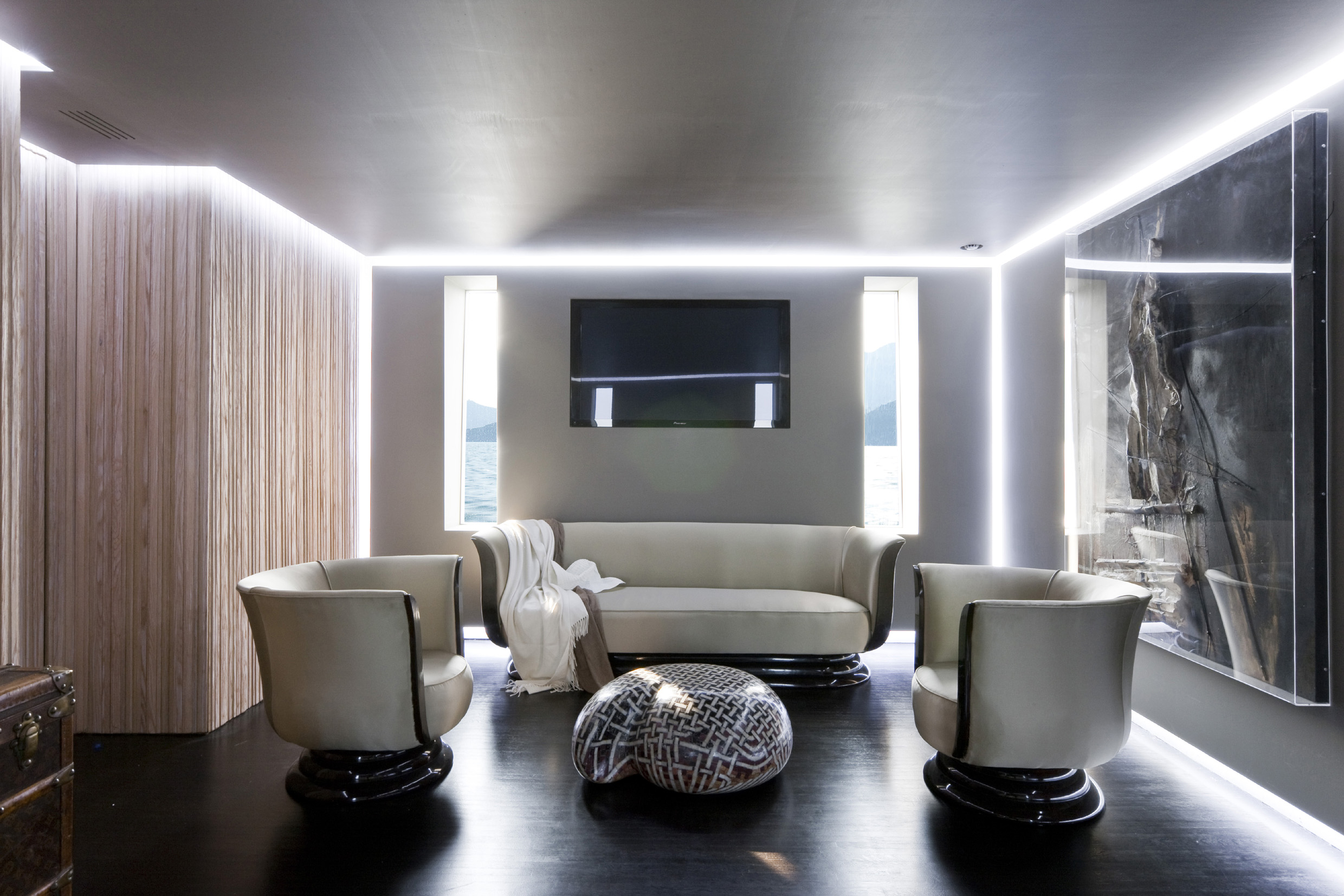 H2ome Motor Yachts Luxurious yet simple  Interior