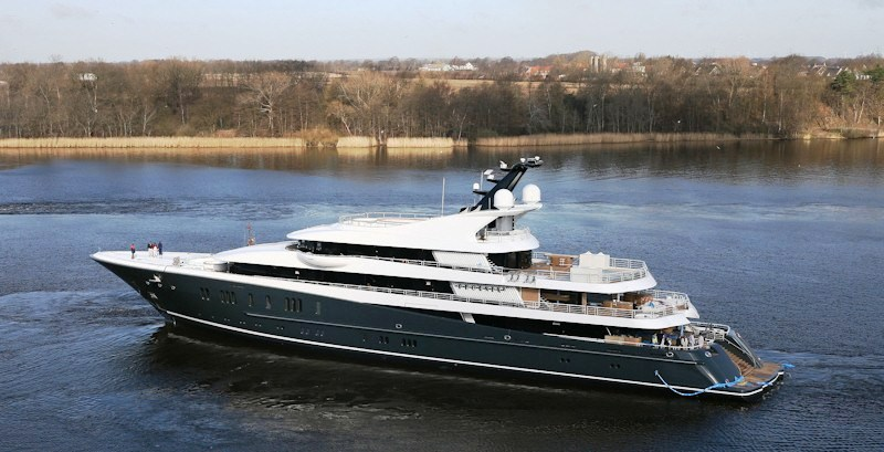 This is the Lurssen superyacht Phoenix 2 also launched in 2010