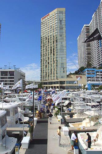 Miami International Boat Show 10