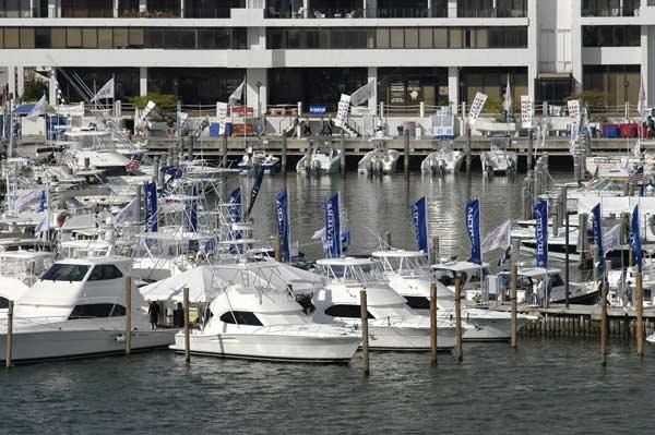 Miami International Boat Show Marina 2010