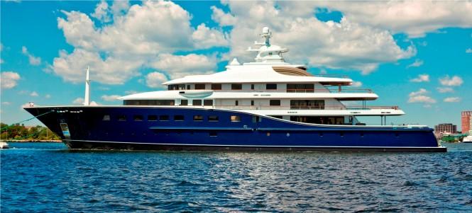 Derecktor 85 m Motor Yacht Cakewalk The Largest in USA History