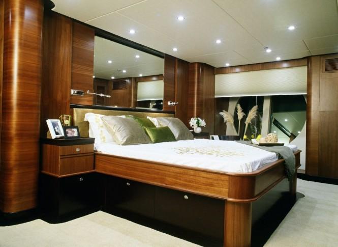 Horizon EP105 Motor Yacht  Owners Cabin – A Long Range Explorer