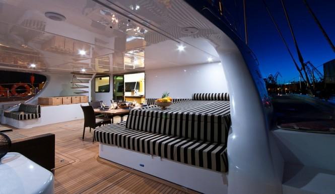 Catamaran Ipharra by Sunreef - Cockpit