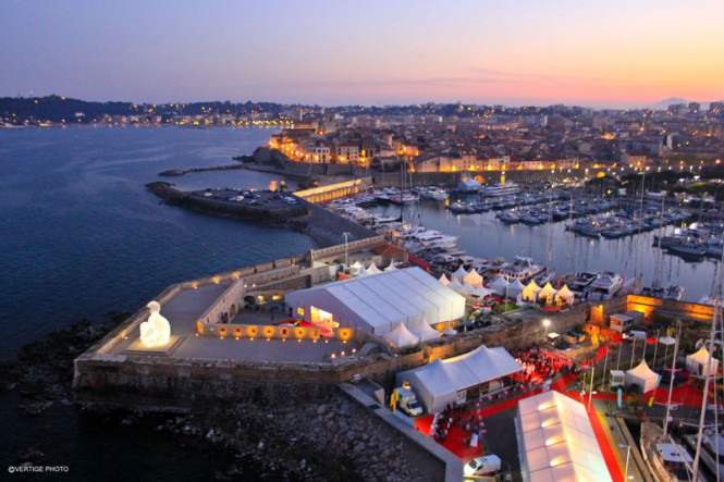 Antibes Yacht Show 2011 - aerial view by night