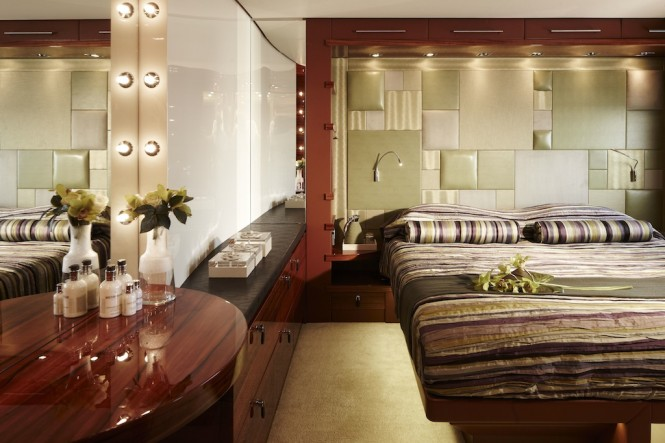 Expedition Yacht E&E Luxurious Cabin