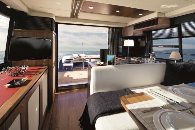 Magellano 50 Motor yacht Salon
