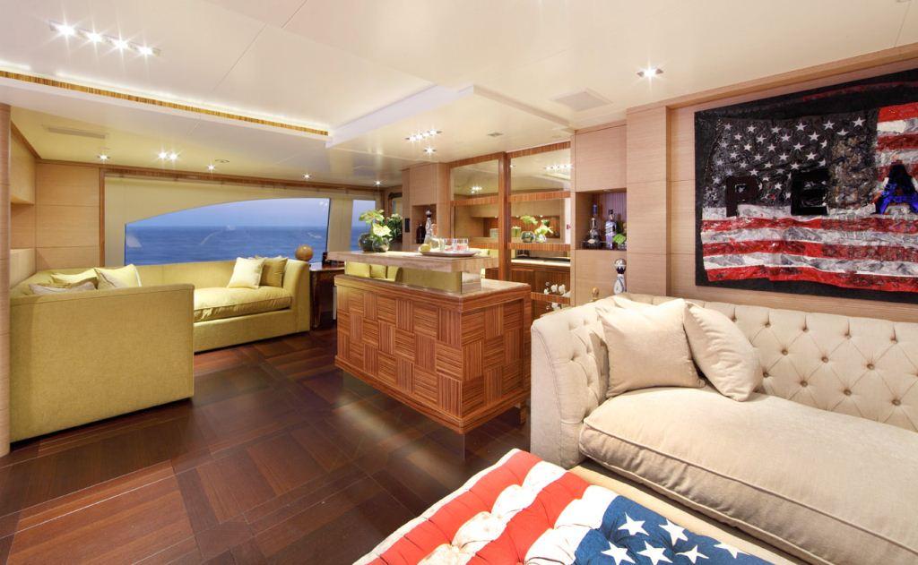 Motor Yacht TOLD U SO Upper Salon