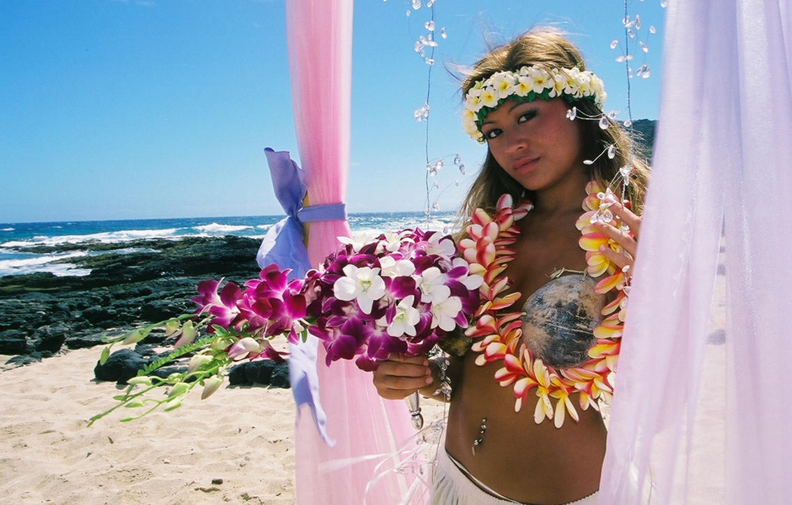 Girls in hawiie naked