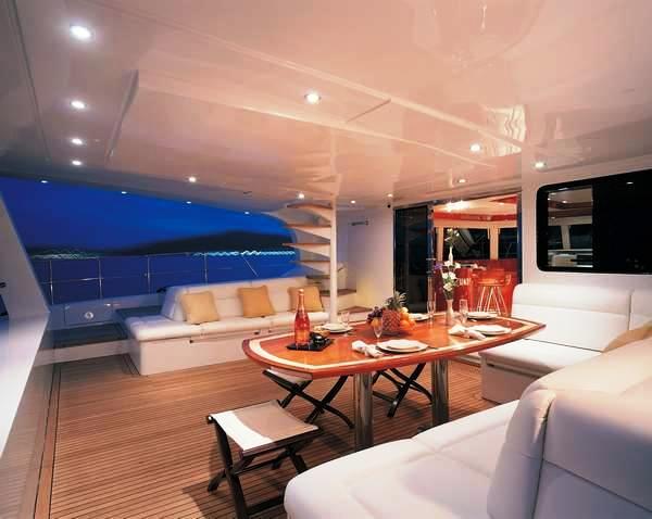 Al fresco dining aboard charter yacht Maita'i - a Sunreef 74 catamaran