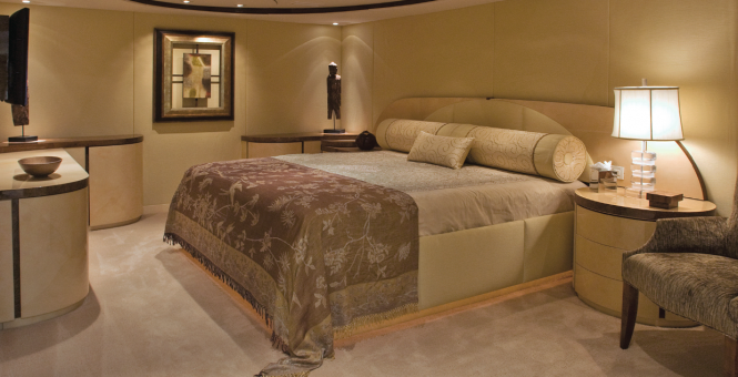 Luxury Superyacht Triumphant Lady - Master Suite