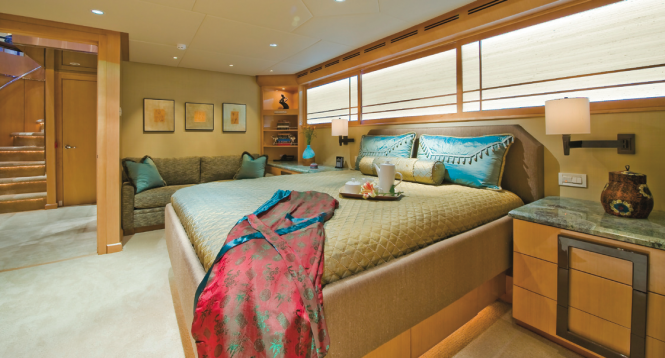 Triumphant Lady motor yacht - Double Stateroom