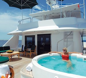 Superyacht Mary Alice II (ex Serengeti) charter special: 10 days for the price of 7!