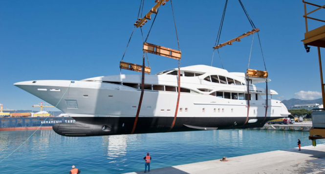 Superyacht Mangusta 148 Oceano