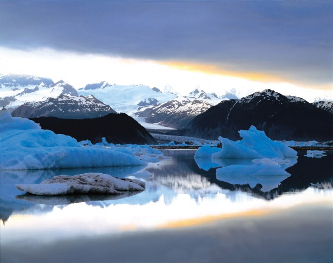 Discover beautiful Alaska aboard charter yacht SuRi