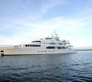 10 Fabulous Caribbean Luxury Motor Yacht Charters