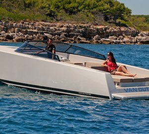 VanDutch 30 Yacht Tender: Purity and Balance