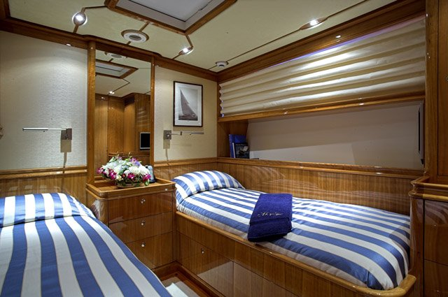 43m sailing yacht This Is Us Cabin