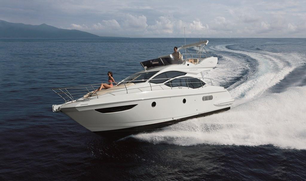 Azimut 40 yacht