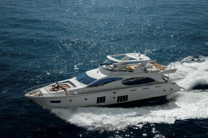 Azimut 88 yacht