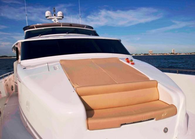 Charter Yacht ANNABEL II Foredeck