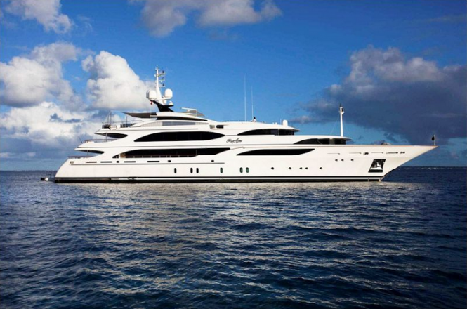 Luxury charter yacht FOUR ACES - Benetti Yachts