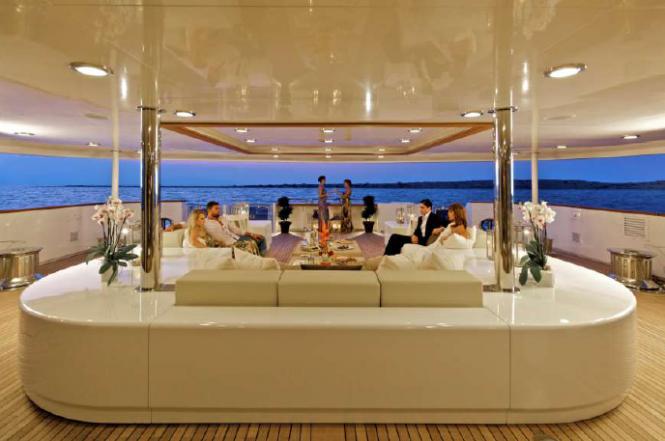 Luxury superyacht O'Mega - Main Deck Lounge