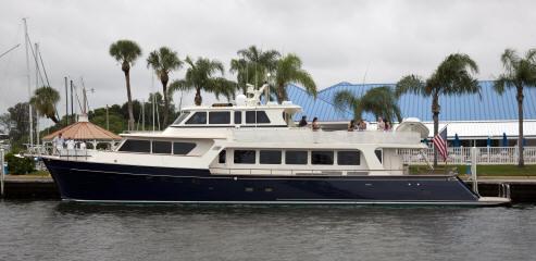 Marlow luxury motor yacht Explorer 97E