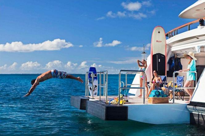 Mediterranean charter yacht FOUR ACES