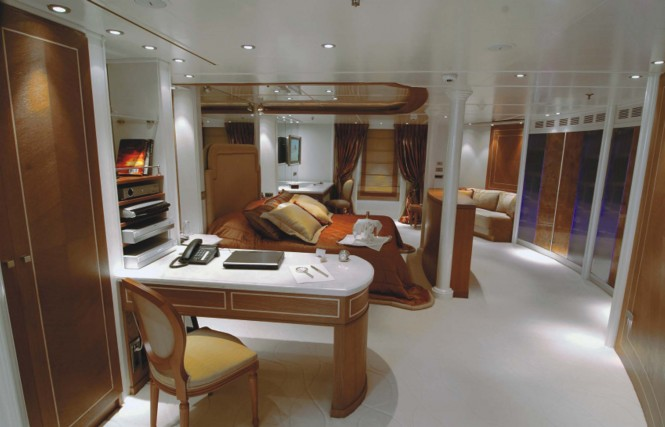 Motor yacht RM ELEGANT - MASTER DIAMOND CABIN