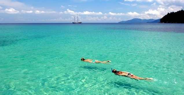Relax and enjoy the surroundings while chartering sailing yacht RAJA LAUT