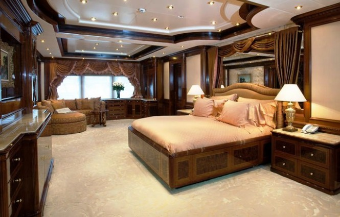 Superyacht APOISE -  Master Cabin