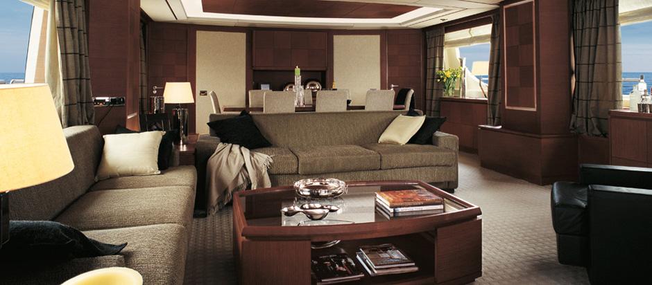 31m superyacht Azimut Grande 105 Main Saloon