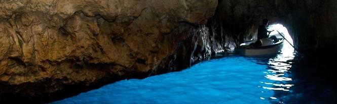 Capri - La Grotta Azzurra - Blue Grotto